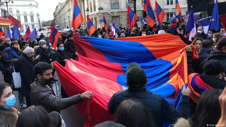 Armenians in France plea for Nagorno-Karabakh intervention