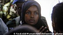 Somalia Mogadischu Ilwad Elman bei der Beerdigung ihrer Schwester Almaas Elman