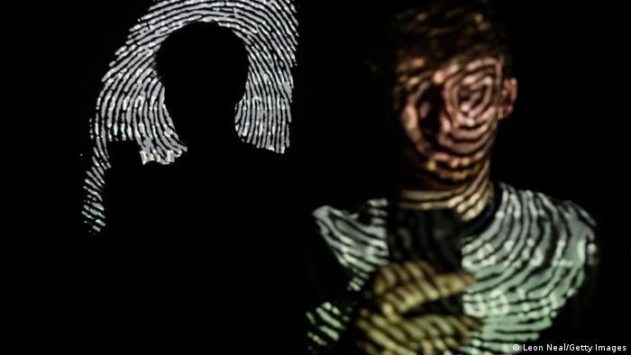 Grossbritannien London   Cyberattacke   Symbolbild