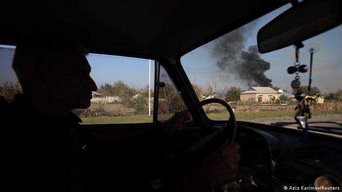 Aserbaidschan Krieg Bombardierung Nagorno-Karabakh (Aziz Karimov/Reuters)