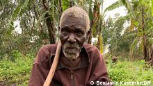 Ostkongo Ein alter Mann aus dem Dorf Mtaho gratuliert der DW für einen Bericht über die schlechte Wasserqualität in seinem Dorf