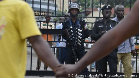 Lagos protest (Olukayode Jaiyeola/NurPhoto/picture-alliance)