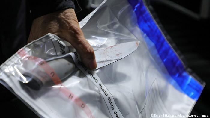 Dokazni materijal: ovim nožem je izvršen napad u Dresdenu