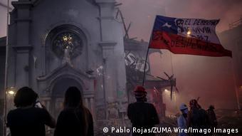 Από τις πρόσφατες βίαιες διαδηλώσεις στο Σαντιάγο της Χιλής