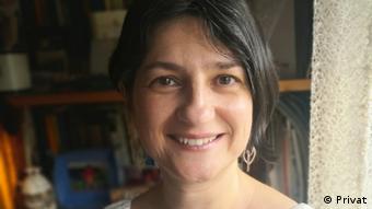 Cátia Miriam Costa