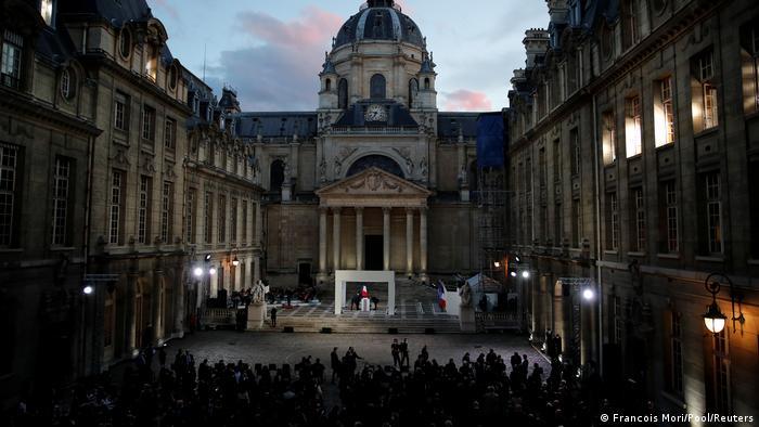 Frankreich | Paris | Macron bei der Gedenkzeremonie für den Lehrer Samuel Paty 21.10.2020