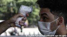 Brasilien Sao Paolo Coronavirus | Fiebermessen im Museum