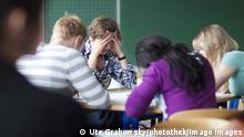 Deutschland Gewalt gegen Lehrer Symbolbild