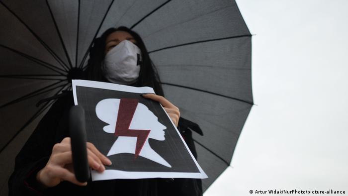 Poland: protest against abortion law