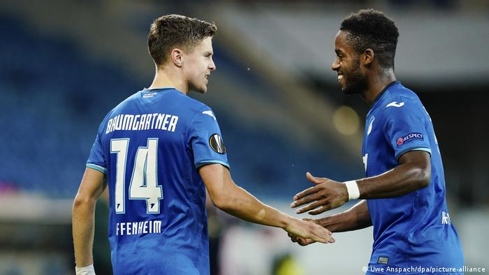 Christoph Baumgartner et Ryan Sessegnon