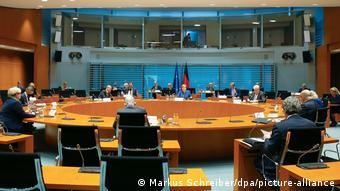 Заседания немецкого правительства проходят в самом большом зале ведомства канцлера
