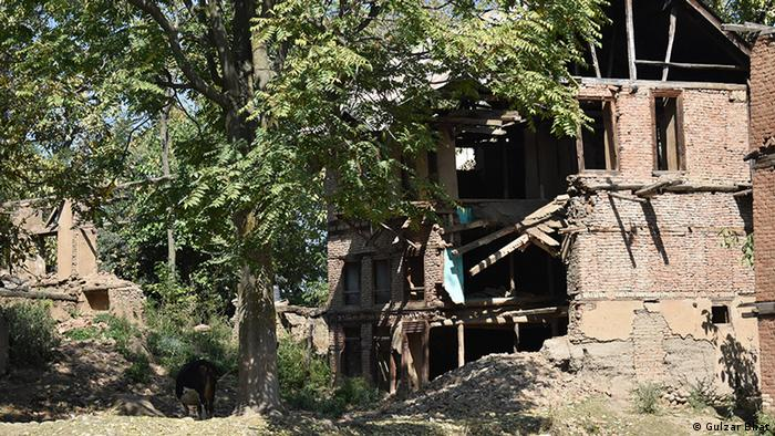 Indien Verlassenes Haus der kaschmirischen Hindus (Gulzar Bhat)