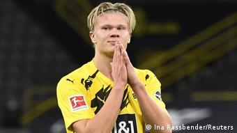 Deutschland Bundesliga - Borussia Dortmund v Schalke 04   Erling Haaland