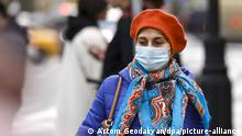 Moskau | Menschen mit Mundschutz Coronakrise