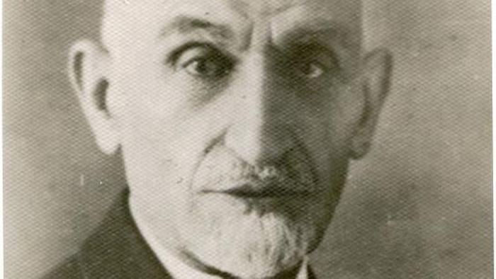 یحیی دولتآبادی