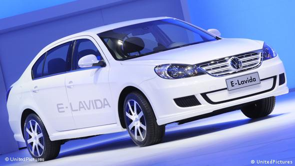 Auto China 2010 Volkswagen Lavida e Flash