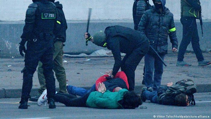 Weissrussland Minsk | Proteste | Generalstreik angekündigt (Viktor Tolochko/dpa/picture-alliance)