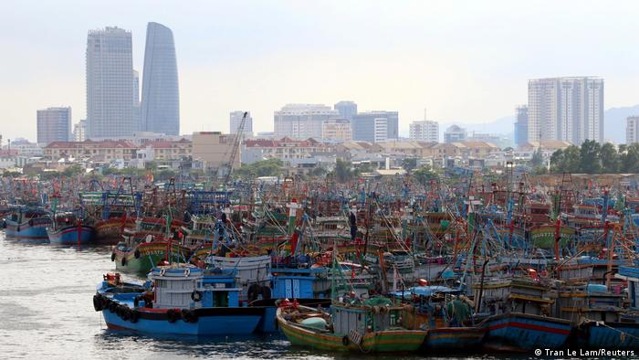 Boats crowded into the port of Da Nang
