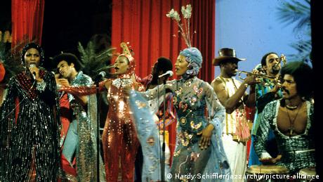 Boney M. | Musikband (Hardy Schiffler/jazzarchiv/picture-alliance)