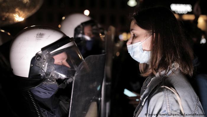 Licem u lice: protesti u Varšavi