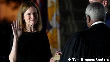 USA Amy Coney legt ihr Eid ab