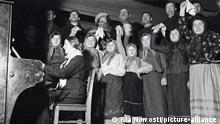 Russland UdSSR | Kolchose-Chor | In Trachten
