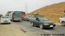Afghanistan Kabul | Landstrasse | LKWs (Ebrahim Mahdavi/DW)