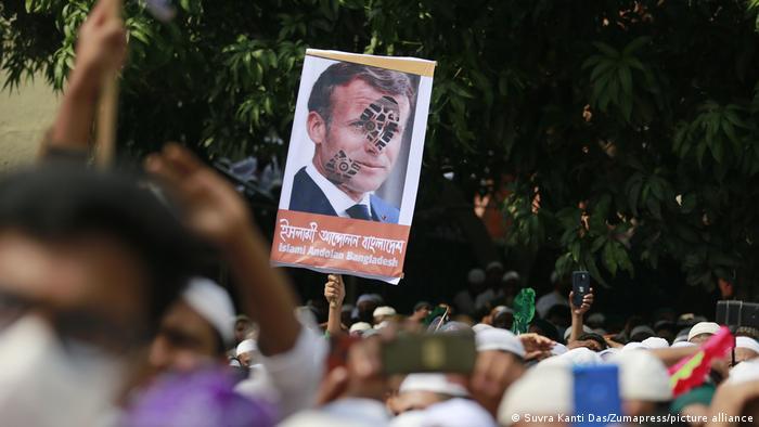 Bangladesch Proteste gegen Frankreich und französiche Produkte