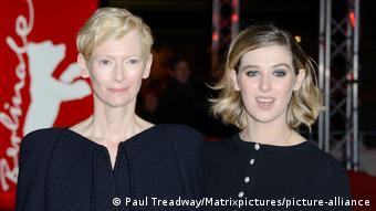 Tilda Swinton und Tochter Honor Swinton Byrne bei der Filmpremiere von The Souvenir - Berlinale 2019