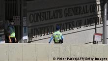 Honkong | Sicherheitskräfte vor US Konsulat | Festnahme Tony Chung