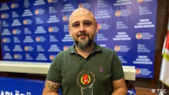 Tunca Öğreten, 2018'den beri DW Türkçe muhabiri çalışıyor