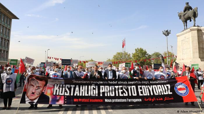 Protesters marched in Ankara against Macron