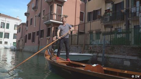 DW Euromaxx | Max Merrill Gondel Venedig
