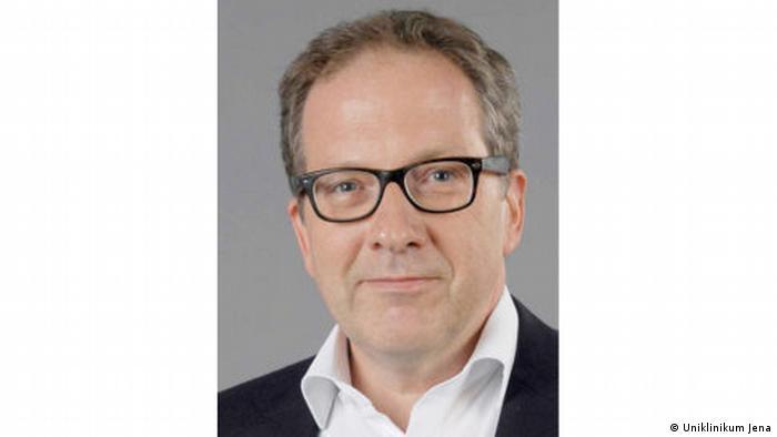 پروفسور توماس کامرات، استاد ایمنیشناسی در کلینیک دانشگاه ینا