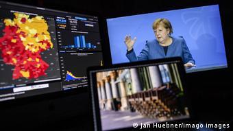Берлин, 28 октября 2020. Пресс-конференция Ангелы Меркель и карта распространения коронавируса в ФРГ