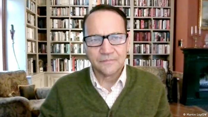 Radoslaw Sikorski |im Interview via Skype