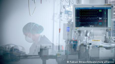 Scene from an intensive care unit