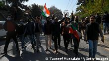 Indien Jammu und Kashmir  Srinagar  Protest Bharatiya Janata Party