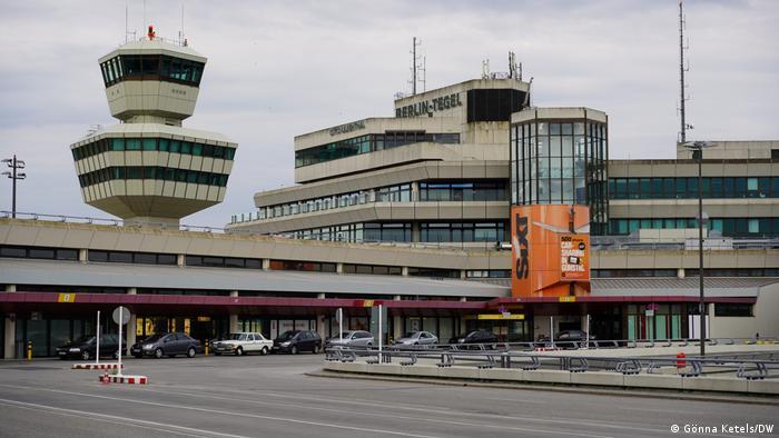 Deutschland Berlin Flughafen Tegel |Architekten Meinhard von Gerkan & Volkwin Marg