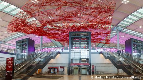 Εγκαινιάζεται επιτέλους το νέο αεροδρόμιο Βερολίνου
