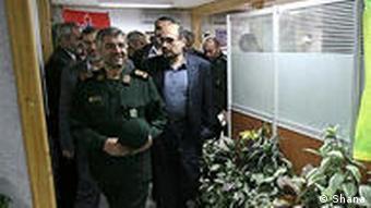 شرکتهای وابسته به سپاه پاسداران در غیاب شرکتهای تخصصی خارجی، به ویژه در دوره احمدینژاد بر بسیاری از پروژههای مهم نفت و گاز چنگ انداختند