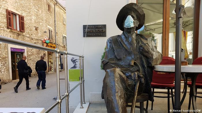 James Joyce u Puli s maskom