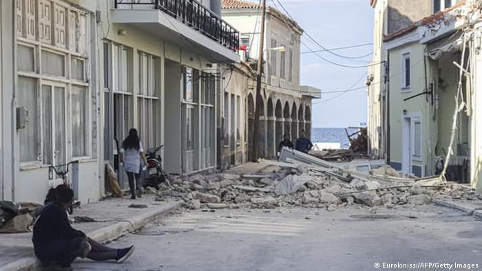 Sisam adasında da hasar meydana geldi