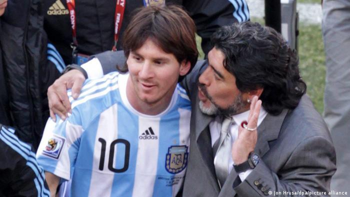 Diego Armando Maradona con Lionel Messi. (Mundial 2010 en Sudáfrica).