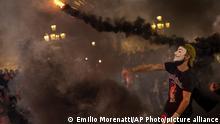 Spanien | Protest | Rauchbombe gegen die Polizei