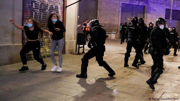Scena sa protesta u Barseloni, 30.10.2020.