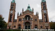 Österreich Jugendliche randalieren in Antonskirche
