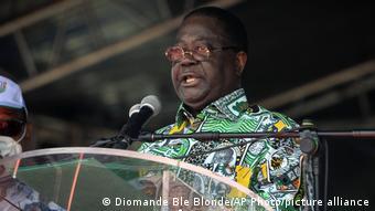 Henri Konan Bédié dénonce le blocus autour de sa résidence