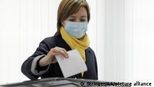 Moldawien I Maia Sandu an der Wahlurne