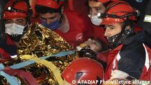 Türkei Erdbeben Mädchen in Izmir gerettet